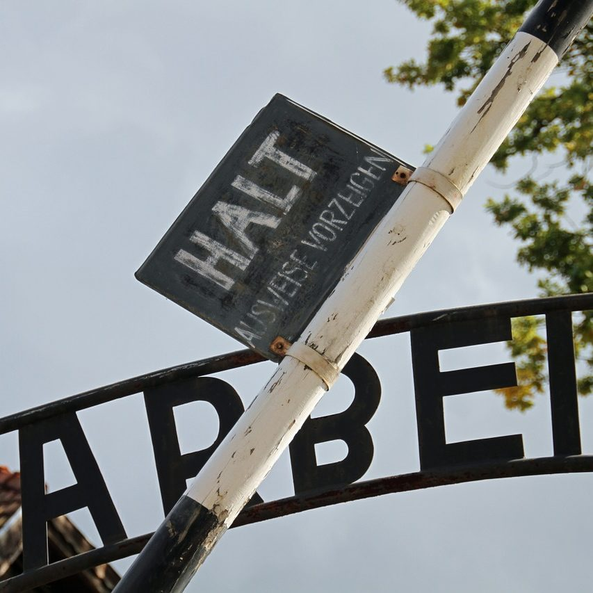 Auschwitz-Arbeit Macht Frei